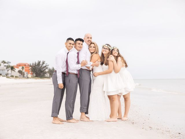 Johanna and Daniel's Wedding in St. Pete Beach, Florida 15