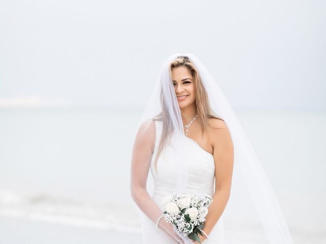 Johanna and Daniel's Wedding in St. Pete Beach, Florida 18