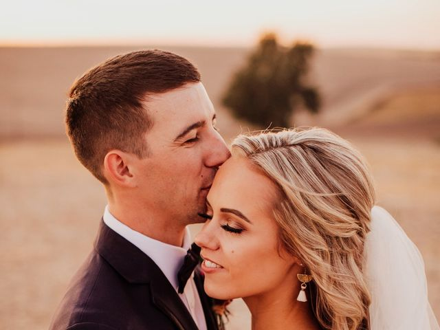 Danielle and Dalton's Wedding in Weston, Oregon 64