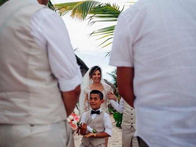 Arturo and Liz's Wedding in Playa del Carmen, Mexico 7