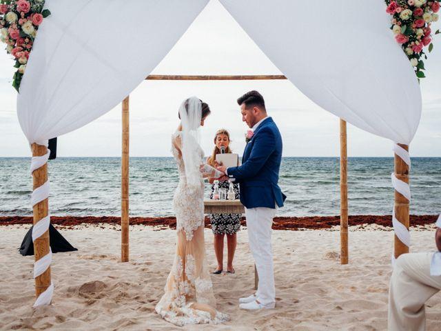 Arturo and Liz's Wedding in Playa del Carmen, Mexico 8