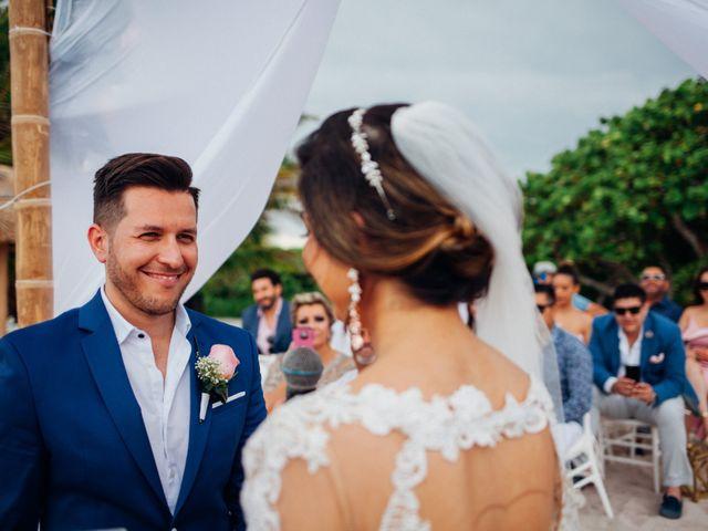 Arturo and Liz's Wedding in Playa del Carmen, Mexico 10
