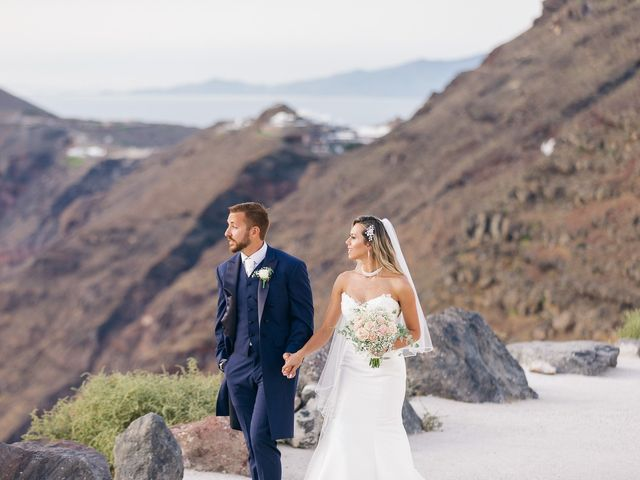 Glen and Karyna's Wedding in Santorini, Greece 21