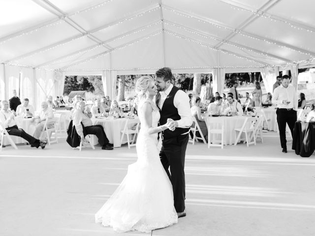 Kyle and Ellen's Wedding in Holland, Michigan 5