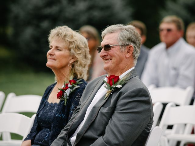 Todd and Julie's Wedding in Grand Island, Nebraska 39