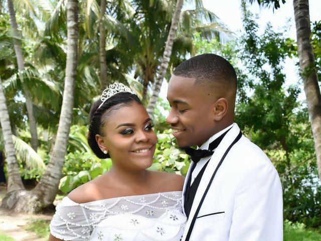 Elvin  and Valencia 's Wedding in Nassau, Bahamas 1