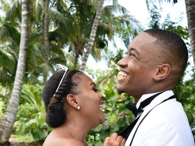 Elvin  and Valencia 's Wedding in Nassau, Bahamas 6