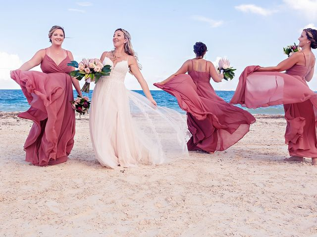 Cory and Meghan's Wedding in Cancun, Mexico 32