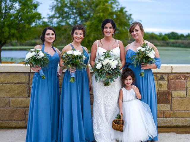 Trevor and Julie's Wedding in Temple, Texas 9