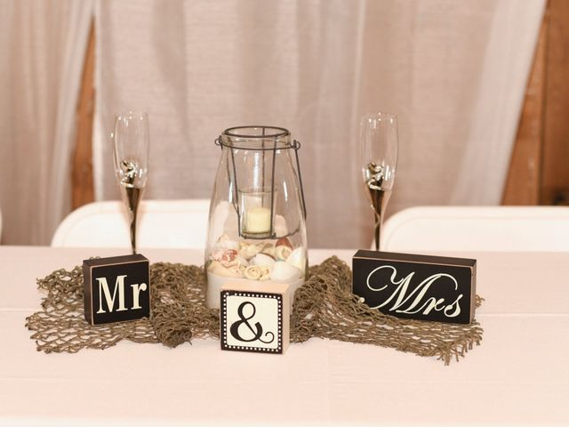 Levi and Melissa's Wedding in Veedersburg, Indiana 6