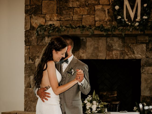 Kristopher and Rebecca's Wedding in Friendsville, Tennessee 10
