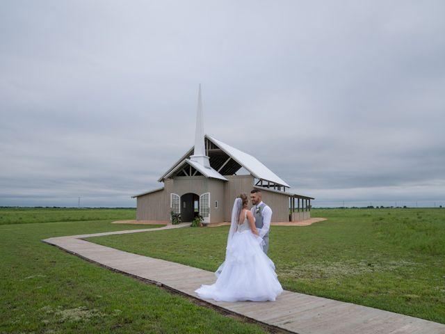 Daniel and Ashley's Wedding in New Braunfels, Texas 8
