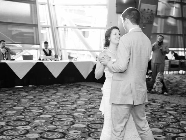 Seth and Erin's Wedding in Cincinnati, Ohio 12