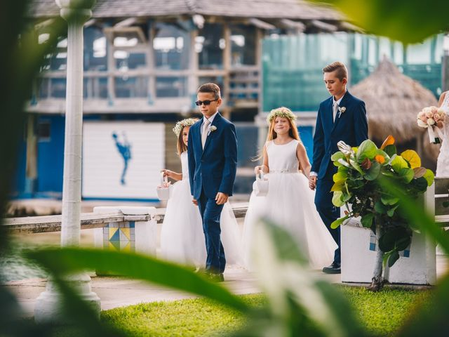 Delilah and Ulrich's Wedding in Willemstad, Curacao 6