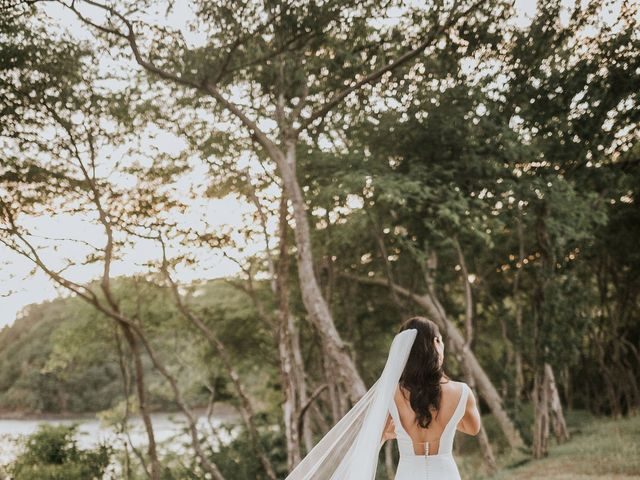 Kyle and Elizabeth's Wedding in Guanacaste, Costa Rica 25