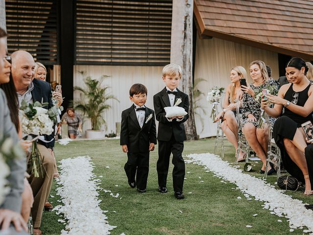 Kyle and Elizabeth's Wedding in Guanacaste, Costa Rica 42