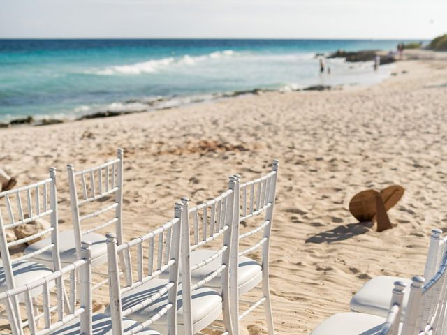 Kyle and Crystal's Wedding in Playa del Carmen, Mexico 20