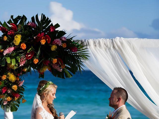 Kyle and Crystal's Wedding in Playa del Carmen, Mexico 40