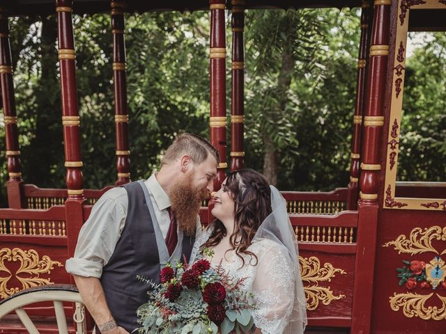 Kaylyn and Martin's Wedding in Baldwin City, Kansas 11