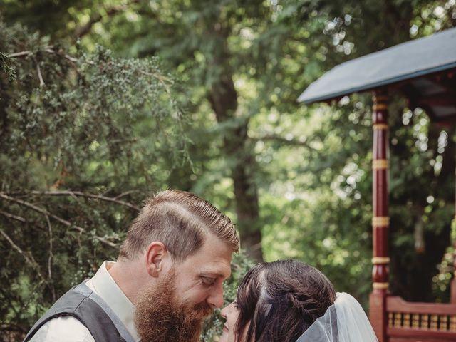 Kaylyn and Martin's Wedding in Baldwin City, Kansas 13