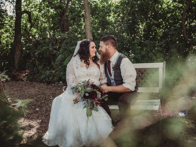 Kaylyn and Martin's Wedding in Baldwin City, Kansas 16