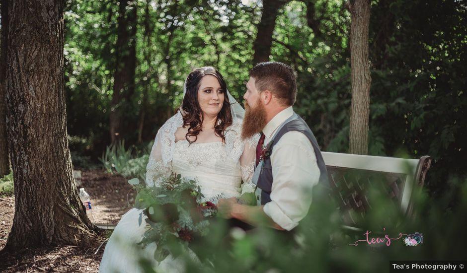 Kaylyn and Martin's Wedding in Baldwin City, Kansas
