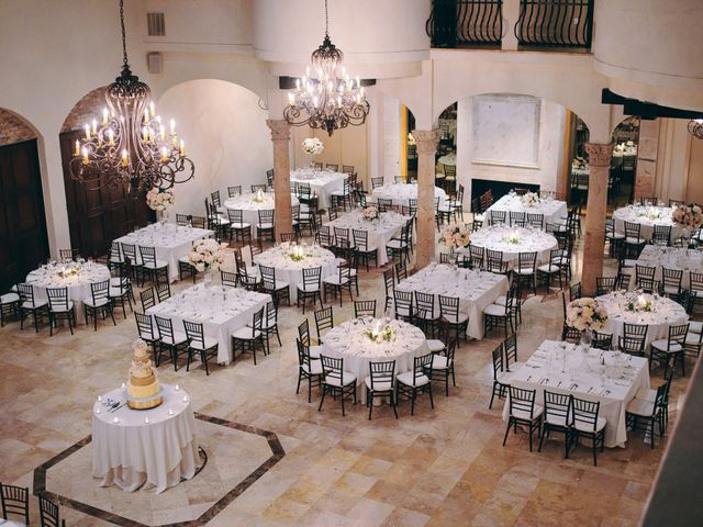 Stephen and Tiffany's Wedding in Houston, Texas 4
