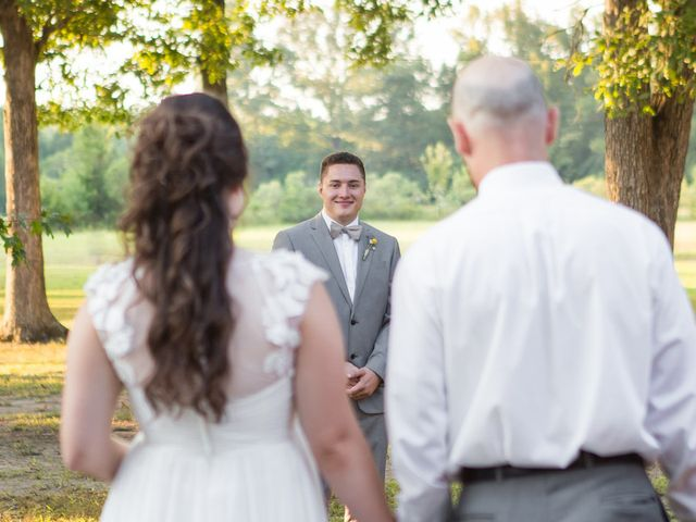 Beth and Manuel's Wedding in Houston, Mississippi 7