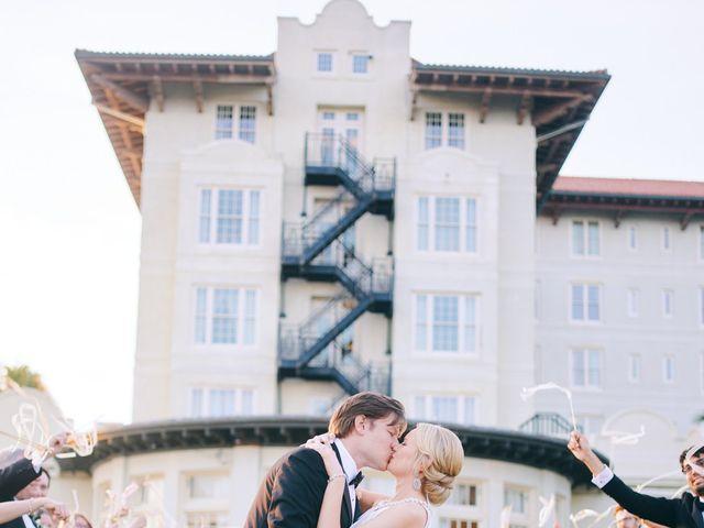 Lauren and Paul's Wedding in Galveston, Texas 15