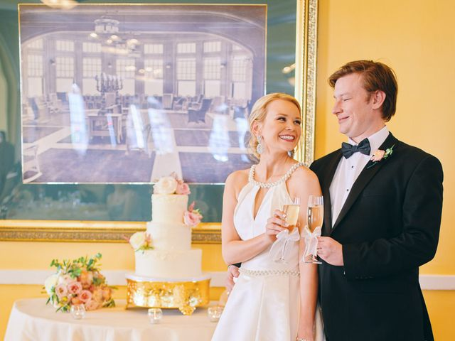 Lauren and Paul's Wedding in Galveston, Texas 31