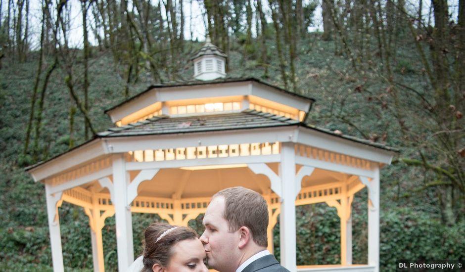 Adrian and Bonnie's Wedding in Oregon City, Oregon