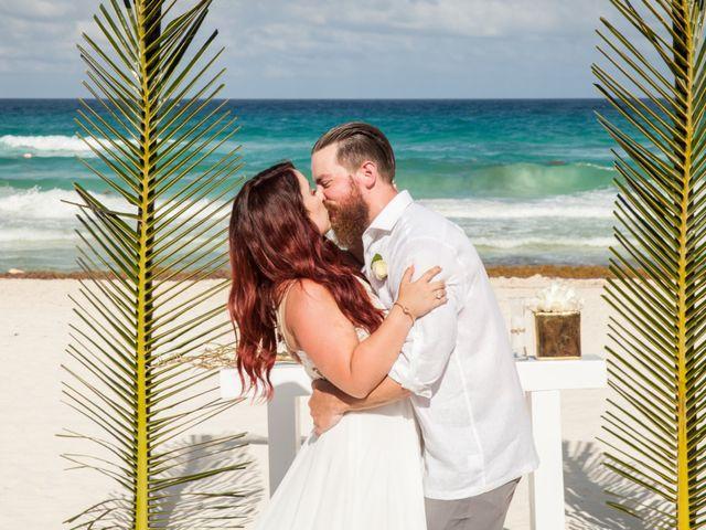 Benjamin and Cara's Wedding in Cancun, Mexico 35