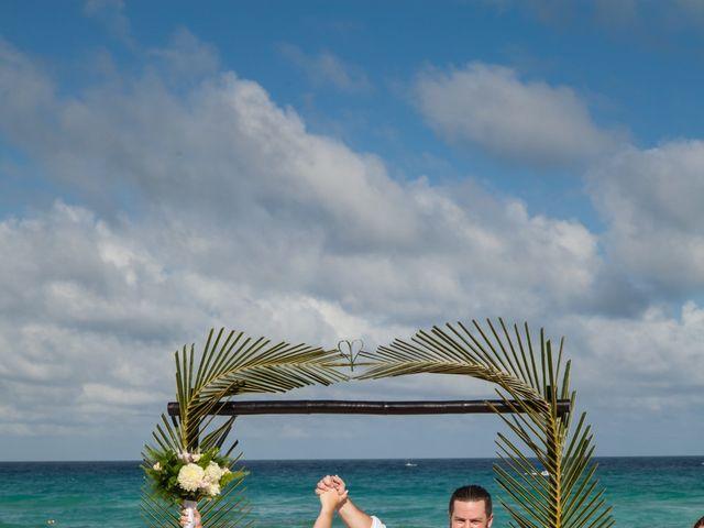 Benjamin and Cara's Wedding in Cancun, Mexico 36