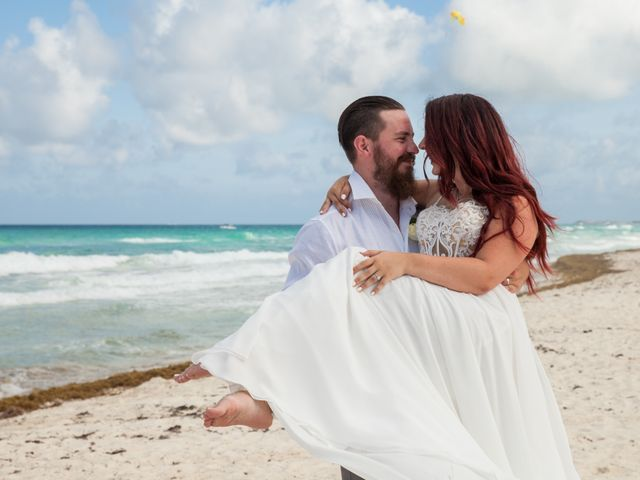 Benjamin and Cara's Wedding in Cancun, Mexico 42