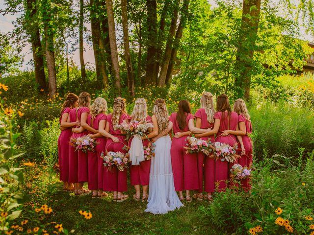 Nicholas and Jordan's Wedding in Cedar Rapids, Iowa 33