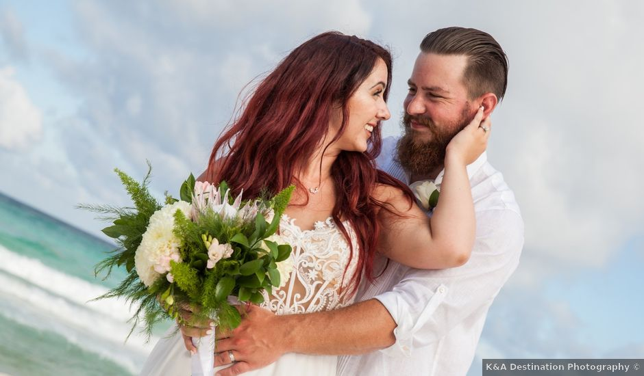 Benjamin and Cara's Wedding in Cancun, Mexico