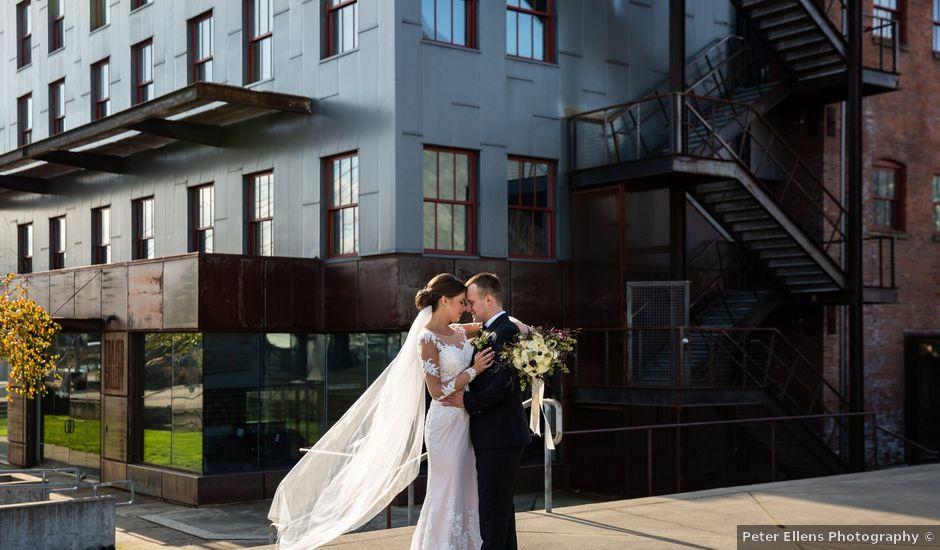 Dianna and Alex's Wedding in Seattle, Washington