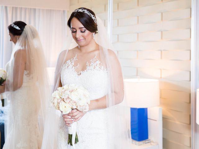 Iliana and Emmanuel's Wedding in Toa Baja, Puerto Rico 20