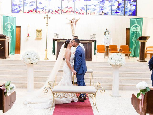 Iliana and Emmanuel's Wedding in Toa Baja, Puerto Rico 30