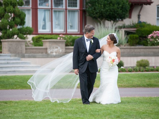 Lindsey and Clay's Wedding in Brewster, Massachusetts 10