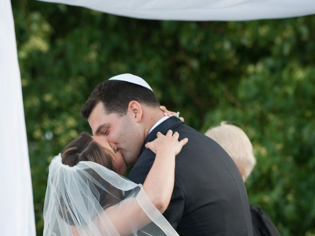 Lindsey and Clay's Wedding in Brewster, Massachusetts 12