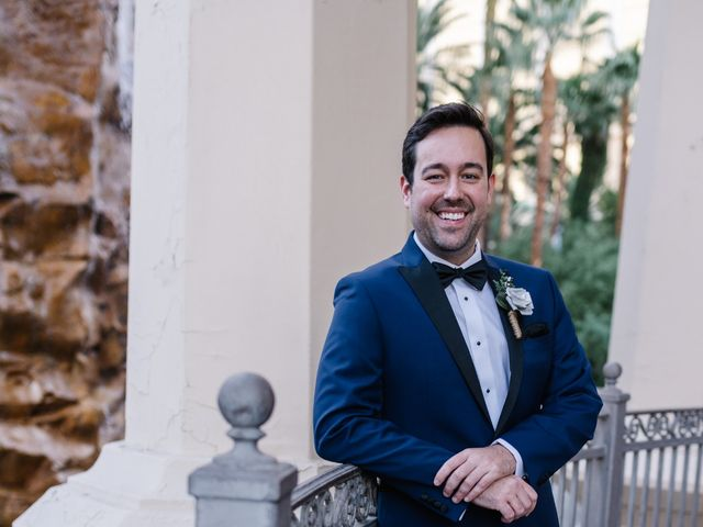Bobby and Kelly's Wedding in Las Vegas, Nevada 9
