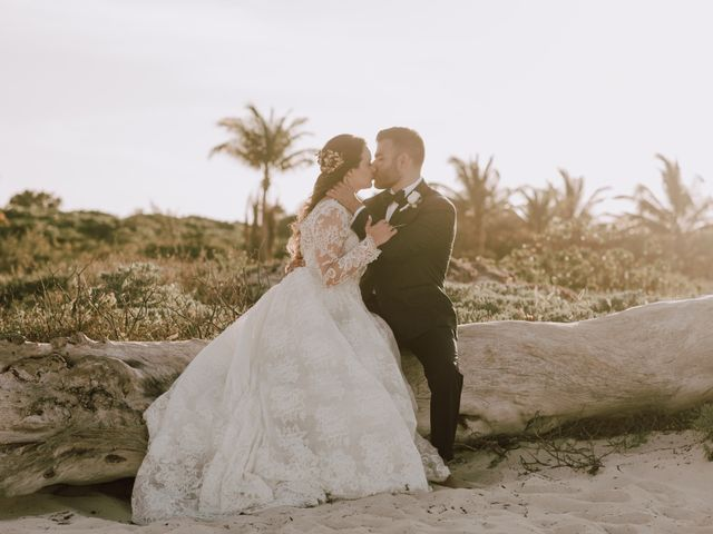 Anto and Tiffany's Wedding in Cancun, Mexico 9