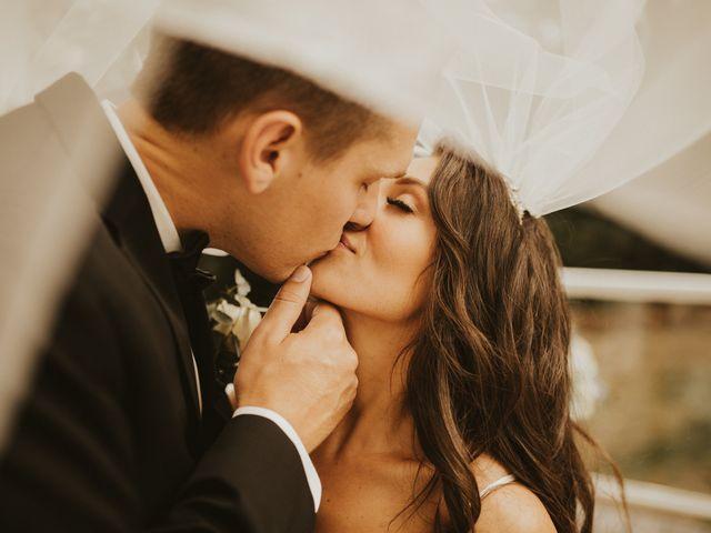 Justin and Morgan's Wedding in La Crosse, Wisconsin 9