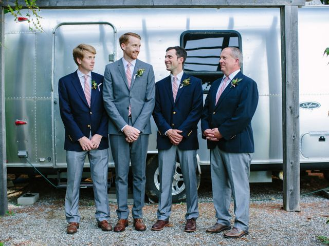 Anna and Mike's Wedding in Wiscasset, Maine 3
