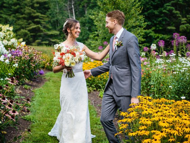 Anna and Mike's Wedding in Wiscasset, Maine 8
