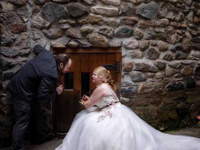 Arron and Amber's Wedding in Charlevoix, Michigan 10