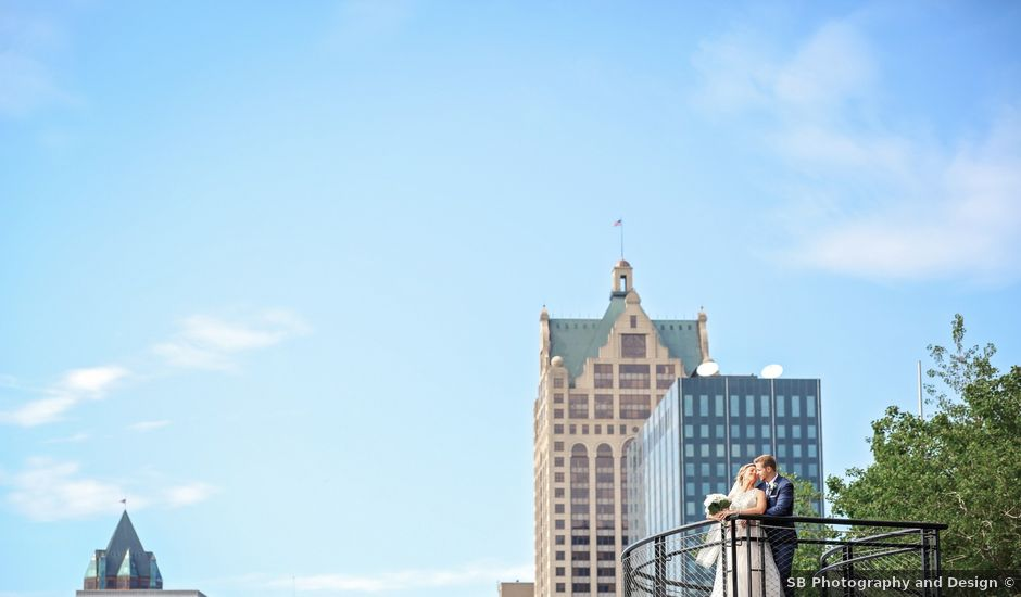 Truman and Lauren's Wedding in Milwaukee, Wisconsin