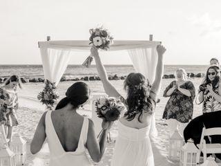Debra and Andrea's Wedding in Oranjestad, Aruba 3