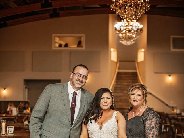 Justin and Taylor's Wedding in Stillwater, Oklahoma 10